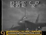 - Aerei - Aircraft Accident - f18 Crash Landing On Aircraft
