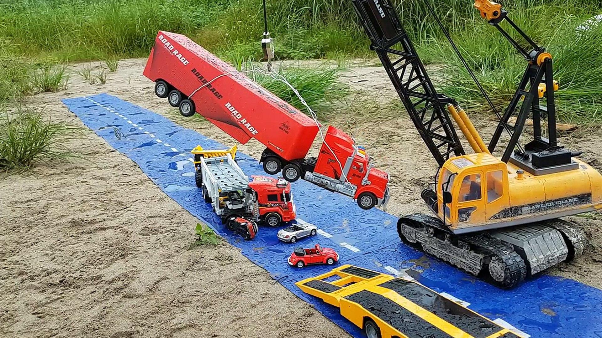 Car accident | Car crash in a row | Cranes for kids videos | Truck for children | Bi bi kids.