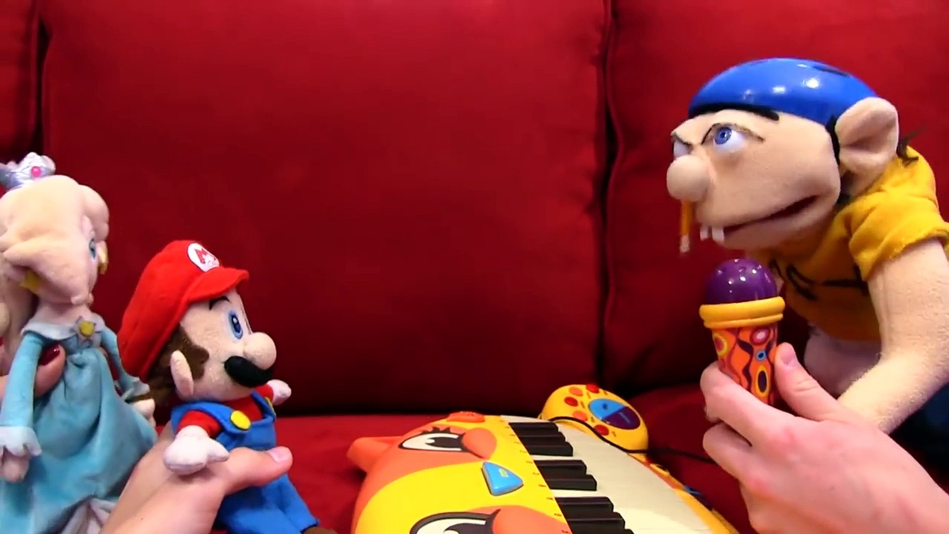 Jeffys Bad Christmas.Mario Takes Jeffys Cat Piano Horseracingsyndicates