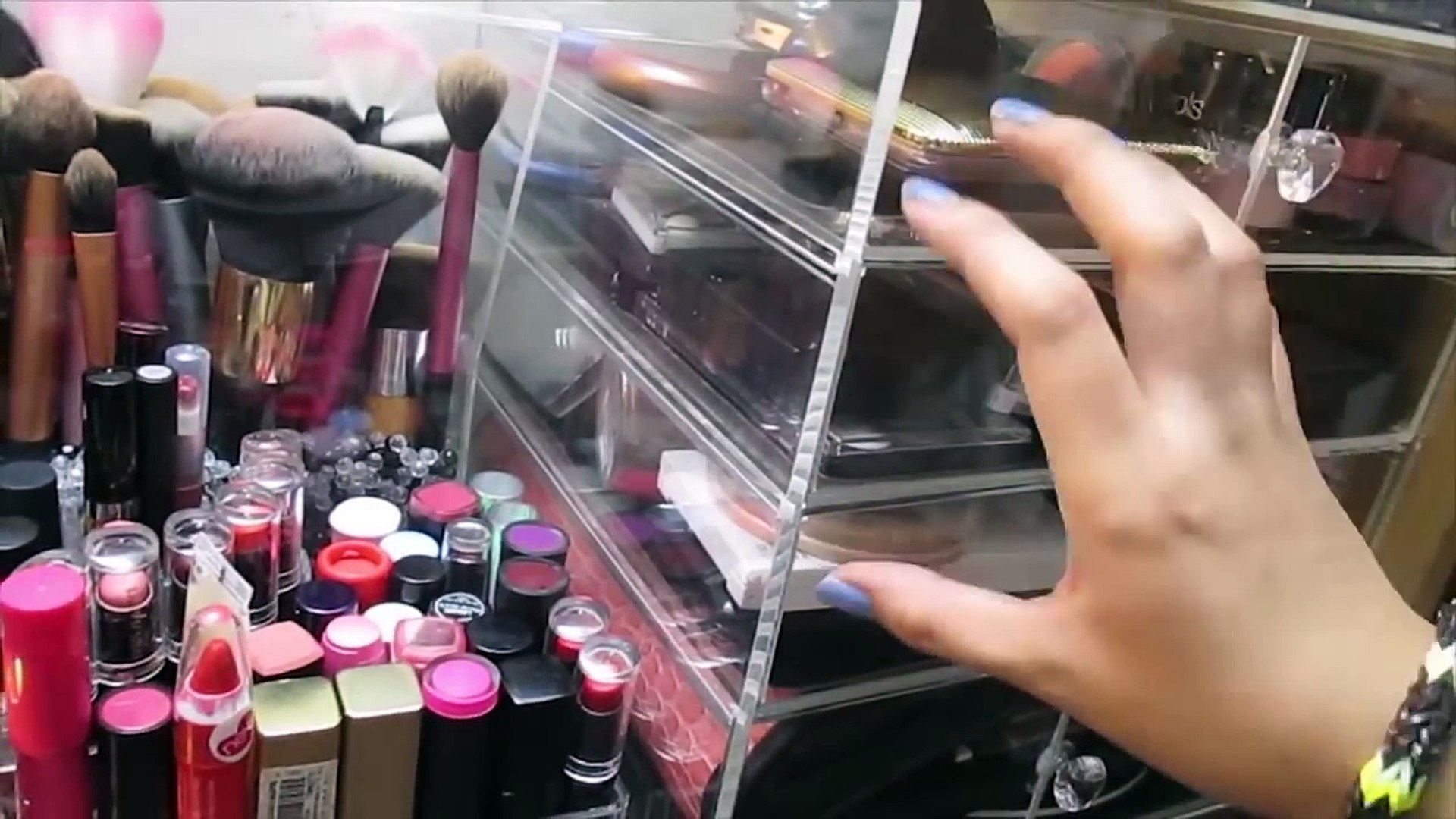 My Makeup Storage and Collection! | Tagalog