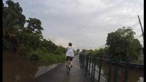 À Bangkok, cette association veut relier les quartiers oubliés à la ville par le vélo