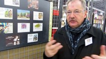Exposition d'étiquettes de vins à la Fête des Grands Vins de Bourgogne