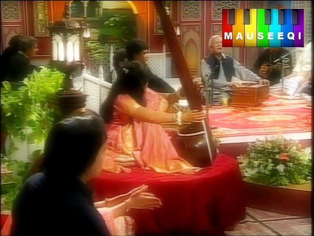 HD - Zalim Nazron Say - Javed Akhtar Live on PTv (Remastered)