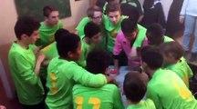 Cri de guerre après la victoire 1-4 face au SC Songeons/US Marseille-en-Beauvaisis B le 08/04/2017 en championnat