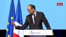 Quand une ampoule claque bruyamment pendant le discours d'Edouard Philippe au congrès des maires de France
