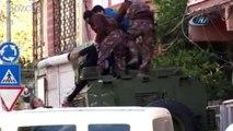 Cezaevi firarisi polisi görünce ailesini rehin aldı