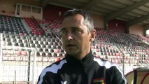 L'entraîneur du FC Martigues Jean-Luc Vannuchi avant le déplacement à Béziers