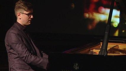 Víkingur Ólafsson - Glass: Études, No. 2