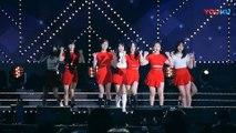 饭拍韩国女团热舞现场, 很受欢迎的一首歌!_高清(00h01m46s-00h01m48s)