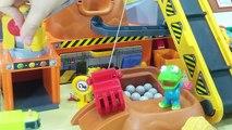 Doctor Baby doll & Pororo SpiderMan Ambulance hospital play toys 뽀로로 다친 몽이를 부탁해 ! 콩순이 의사 병원놀이 장난감 인형