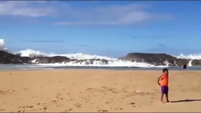 she didn't survive this wave.. (caught on tape)-tfp8WKHr-6s.CUT.09'19-09'55