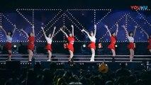 饭拍韩国女团热舞现场, 很受欢迎的一首歌!_高清(00h02m57s-00h02m59s)