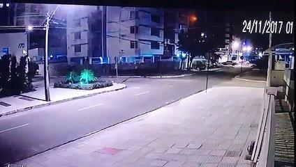 Câmera flagra momento do acidente que deixou quatro feridos na capital