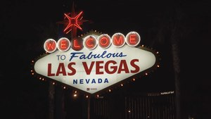 A Living Postcard From the Las Vegas Welcome Sign