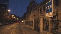 España amanece hoy sin taxis en protesta contra VTC que operan Uber o Cabify