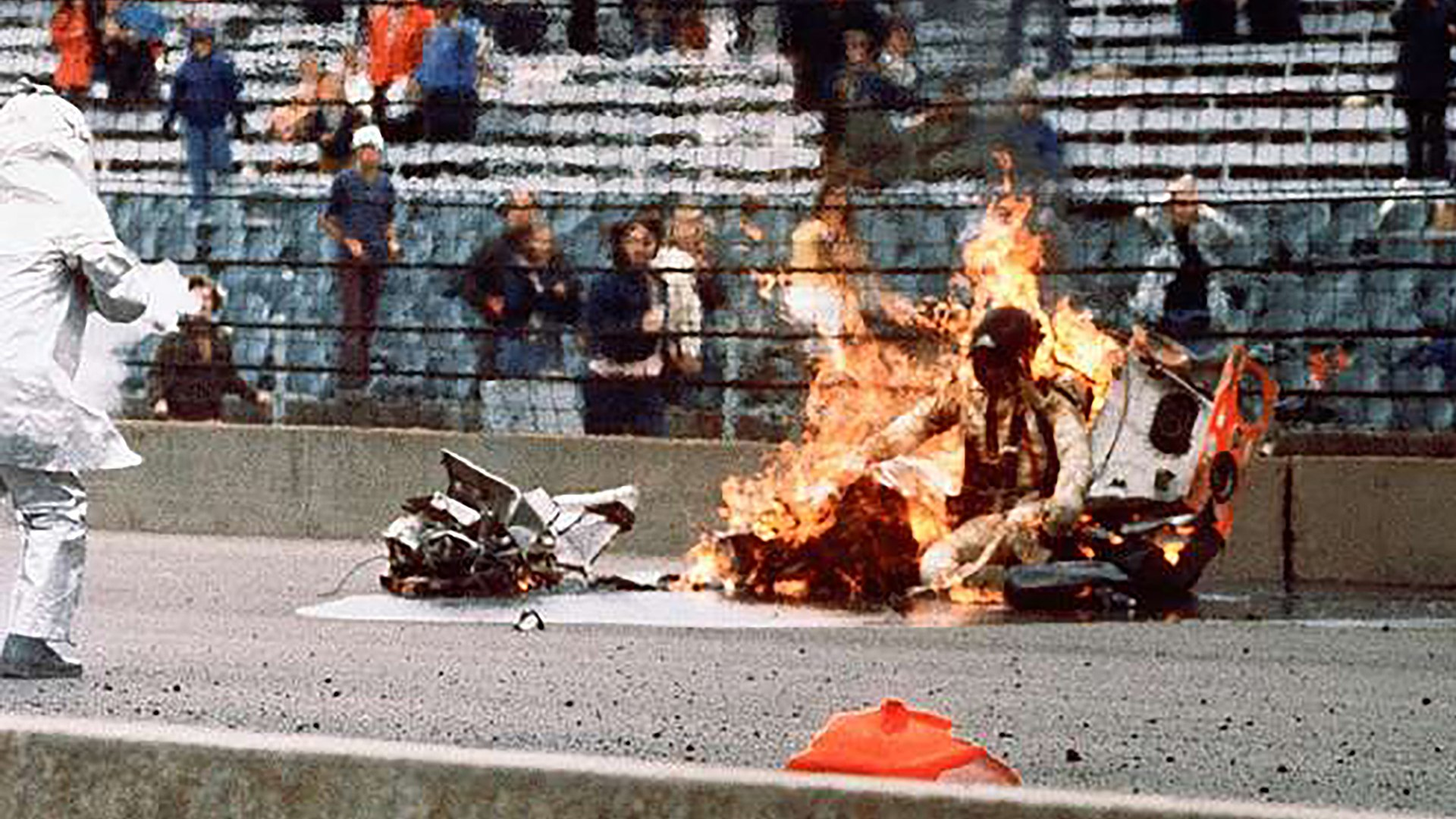 Swede Savage fatal crash at Indy 500 (30 May 1973) ALL ANGLES & PICTURES
