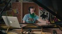 Il joue le solo de Hotel California au piano et c'est génial