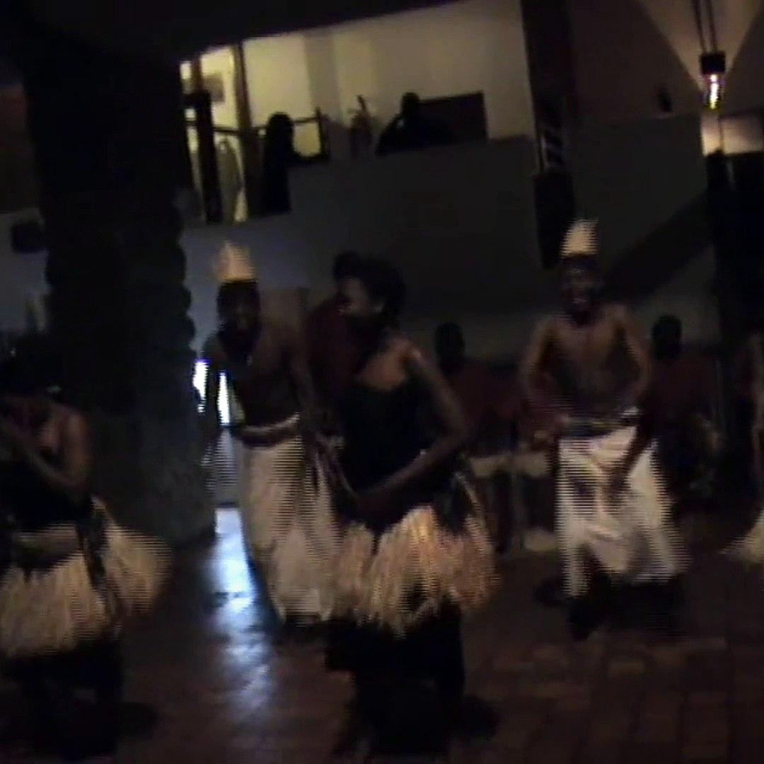 AMAZING AFRICAN DANCE !!!! WILD AFRICA