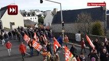 Plouhinec (29). Plus de mille manifestants pour dire non à la fermeture du lycée des métiers