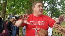 Muslims debate street preacher Jason Burns