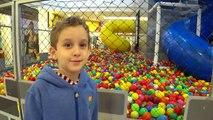 Paulinho e o Presente de Aniversario Loja Brinquedos Lanche Mcdonalds - Kids Birthday Gift Toy Store