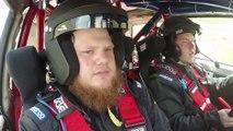 Lors d'un rallye dans le Colorado, le pilote à dû s'arrêter car son co-pilote n'a pas résister aux secousses..