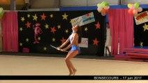 180-20170617-bonsecours-gala-gymnastique-duhamel-philippine-massues