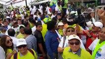 'Fuera Ecuavisa, Fuera' gritan los seguidores de Alianza PAIS en Esmeraldas