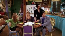 Friends S 04 E 07 - The One Where Chandler Crosses the Line
