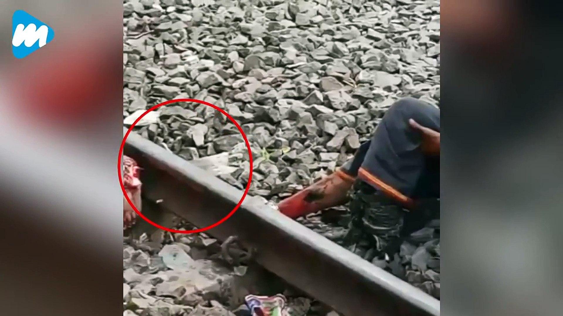 Man's Leg Severed By Train, Onlookers Shoot Videos! _ Viral Video _Viral Mojo
