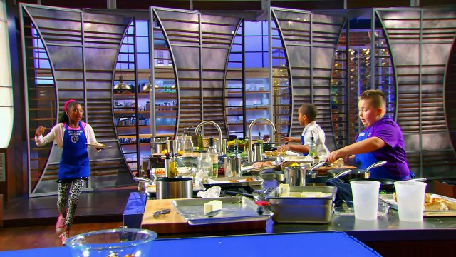 The Junior Chefs Scramble To Plate Their Dishes _ Season 5 Ep. 12 _ MASTERCHEF JUNIOR-WjJDH1fUh3k