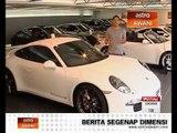 In Gear takes on the Porsche 911 Carrera 4S