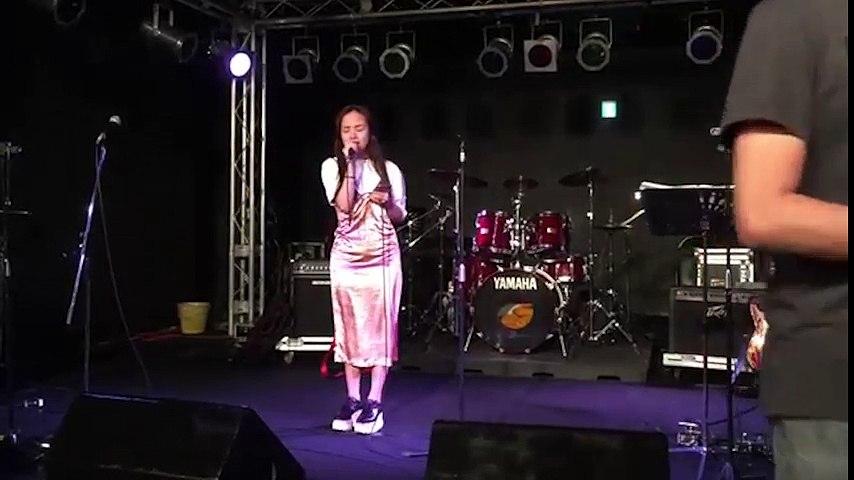 Phương Ly hát Xe đạp của Thùy Chi bằng hai thứ tiếng Việt - Nhật cực hay | Godialy.com