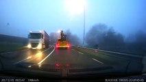 Un tracteur détruit tous Viaduc en passant trop bas (Pays-Bas)