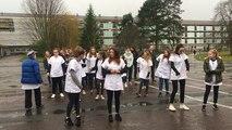 Les élèves du lycée Paul-Cornu dansent pour le Téléthon