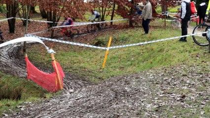 Cpt. Régional de cyclo cross, départ des juniors