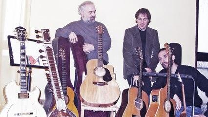 The Beatles Acoustic Trio - Please Please Me - Live