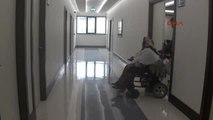 Antalya Hastadan Doktora Şarkılı Teşekkür