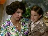 Mamas Family S02 E19 - Mama's Birthday