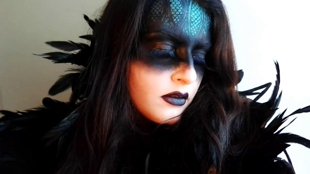 SPEED UP MAKE UP - TUTORIAL - HALLOWEEN SERIES - QUEEN OF THE DARKNESS [SUB ENG]-nNH-6rUtuX0