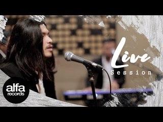 Virzha - Kamu Cantik Hari Ini [Live Session #8]