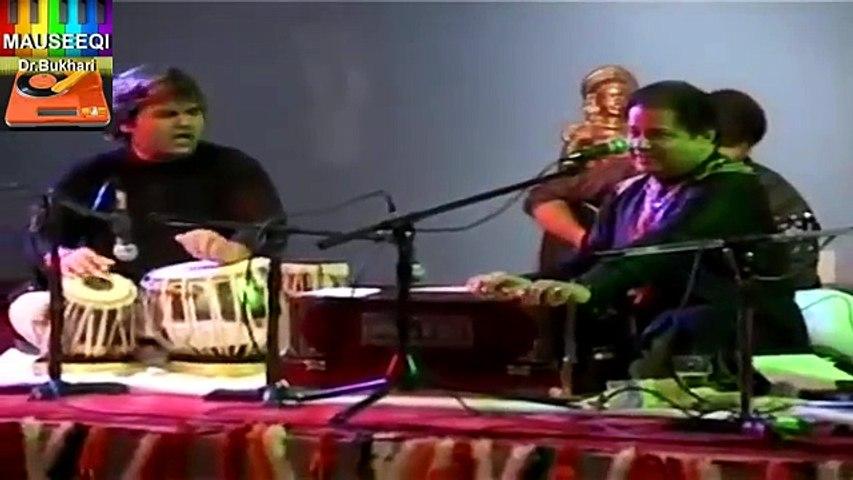 Anup Jalota Version of Aaj Janay Ki Zid Na Karo (Lyrics By Fayyaz Hashmi)