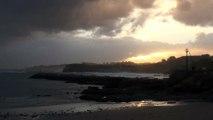Tormentoso amanecer del 16 Dic en la costa de Candás, Asturias