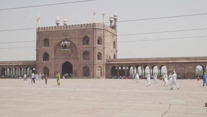 A Living Postcard From the Jama Masjid Mosque