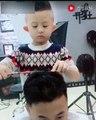 Le plus jeune coiffeur du monde et déjà bourré de talent
