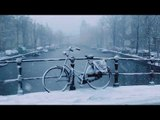 Beautifully Shot Footage of Snow Falling in Amsterdam