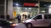 Direksiyonu Kilitlenen Kamyon, Polis ve Jandarma Kontrol Noktasına Girdi: 2'si Polis 3 Yaralı