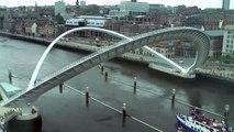 Ça ressemble à un pont normal, mais attendez de voir ce qui se passe quand le navire va passer