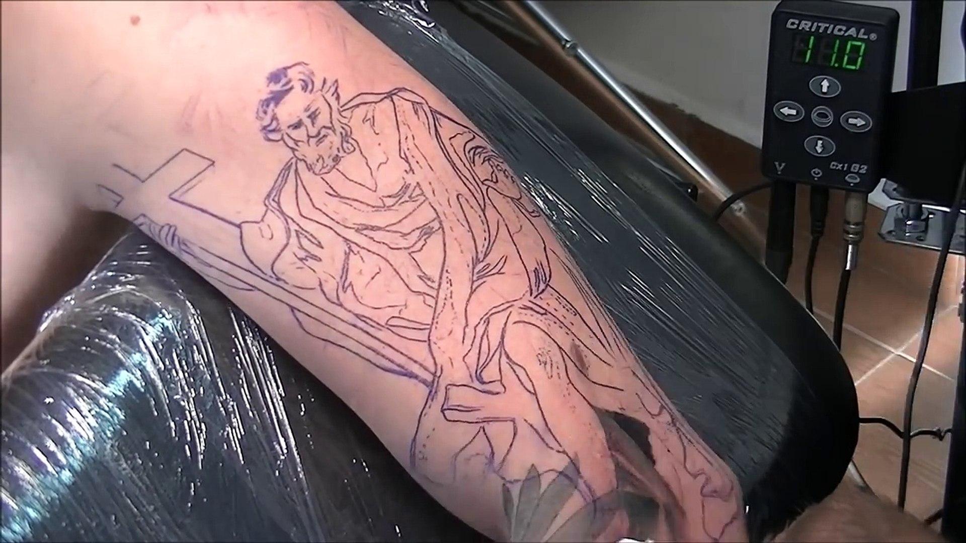 Religious statue tattoo - time lapse-6fLXwxXCPZw