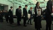 Fans et stars de la K-pop en larmes pour les obsèques de Kim Jong-Hyun
